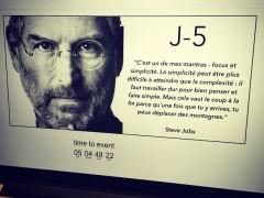 J-5 Le site Cupertino répète en coulisse
